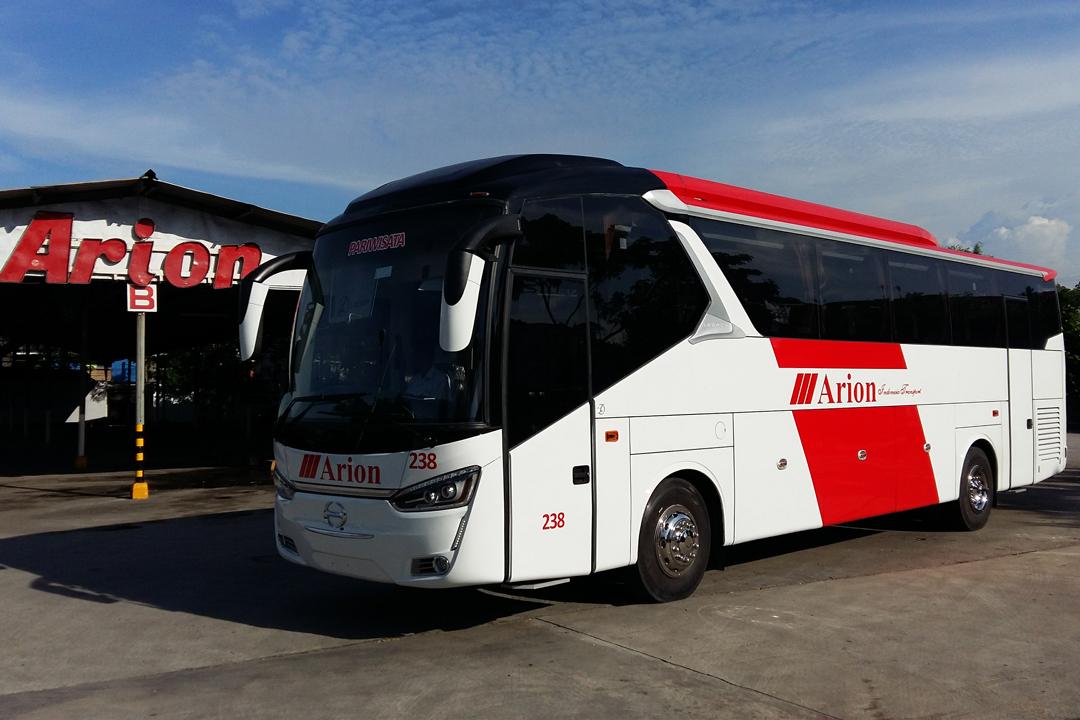 Bus Wisata Jakarta Legacy SR-1 48/59 Seats